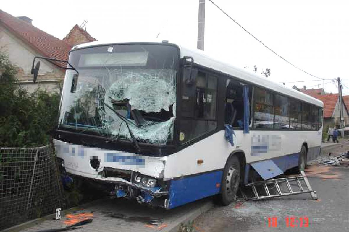 Havarovaný autobus