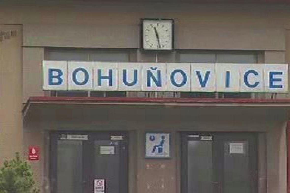 Vlakové nádraží v Bohuňovicích