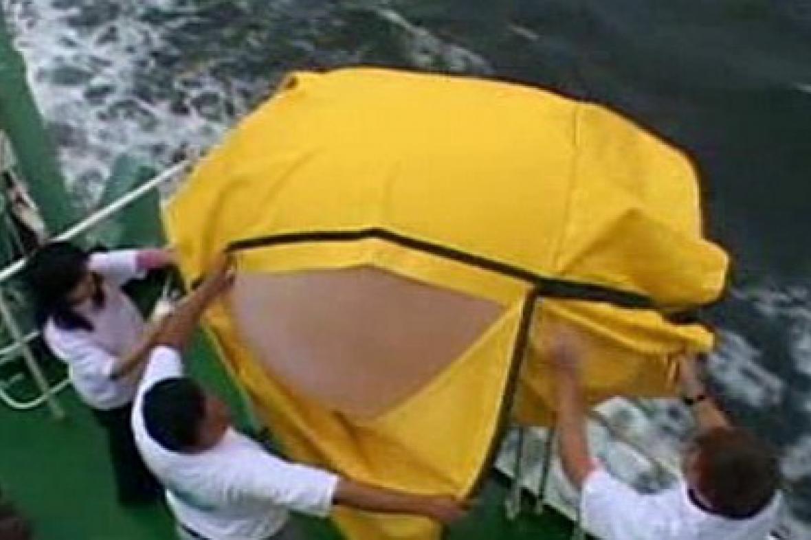 Vědci na palubě lodi Jose Olaya