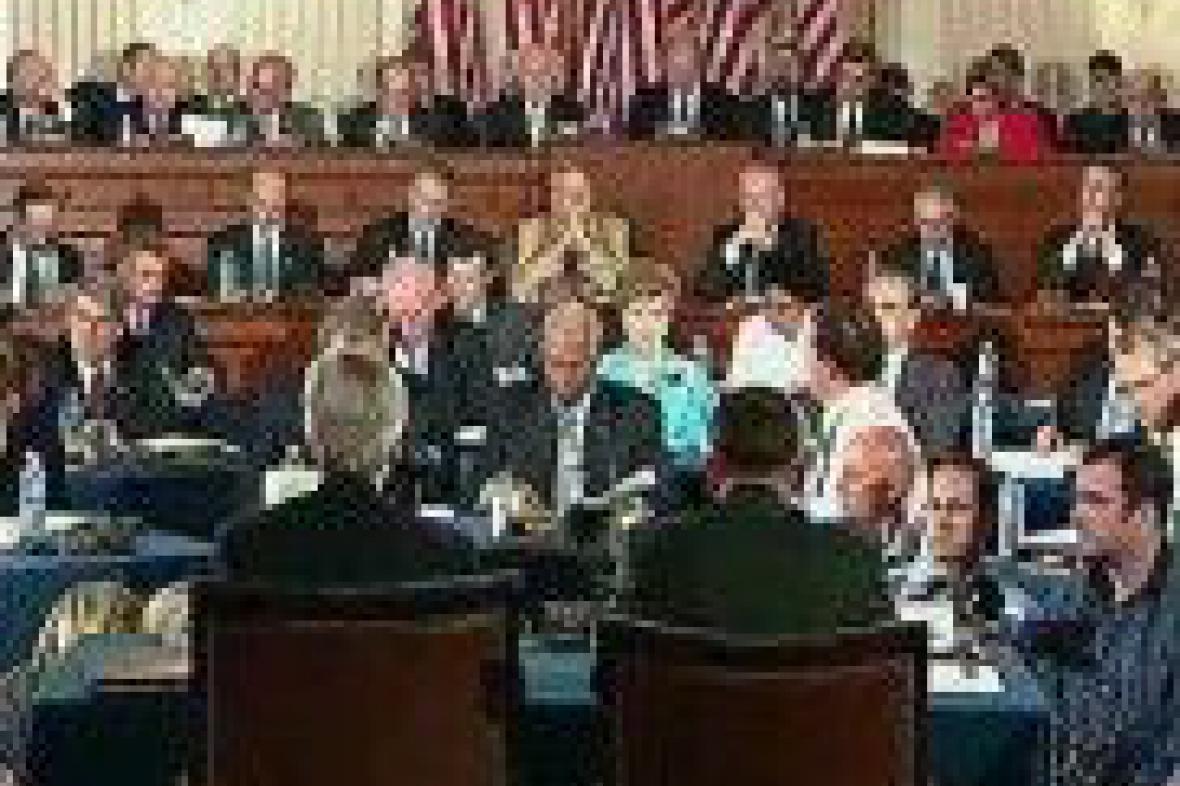 Slyšení v americkém Kongresu