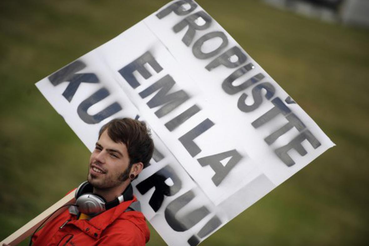 Demonstrace za propuštění Emila Kučery