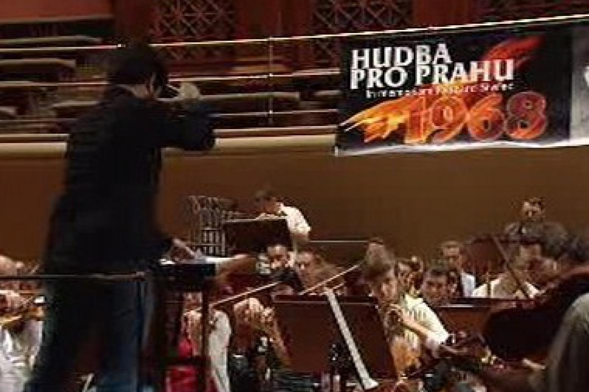 Hudba pro Prahu 1968 v Rudolfinu