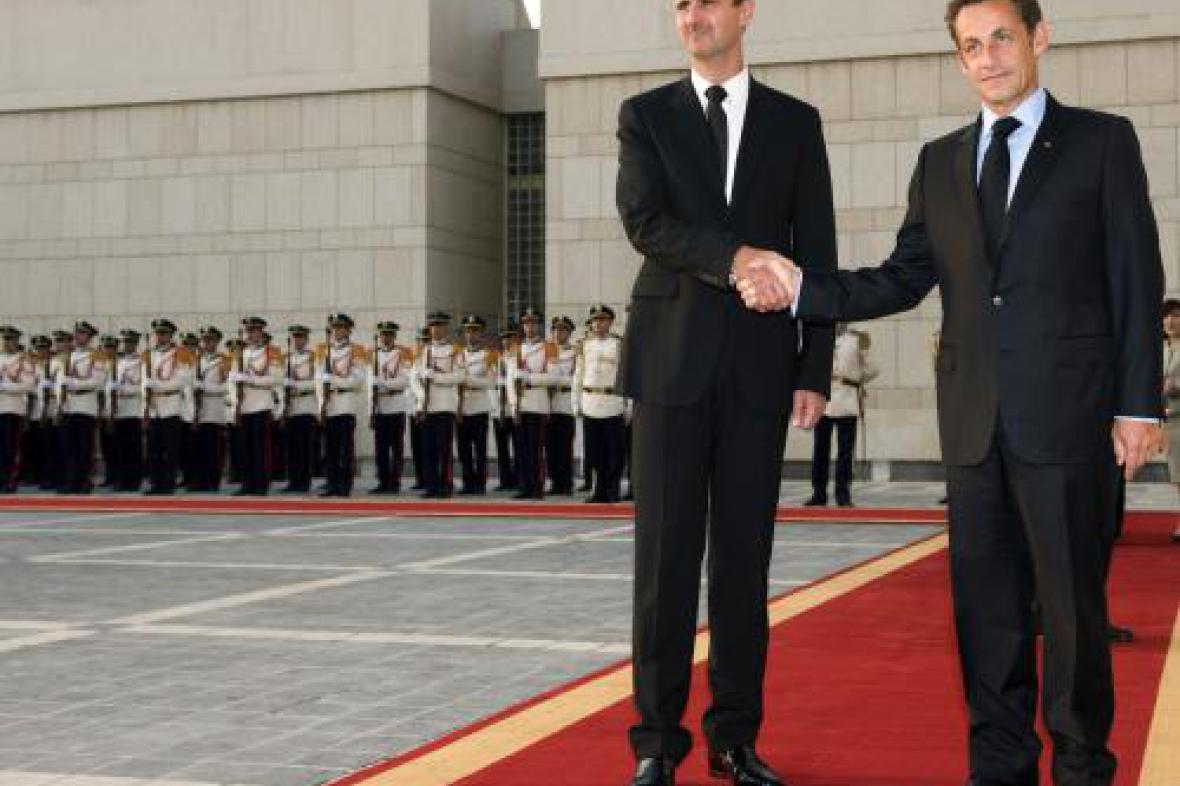 Nicolas Sarkozy a Bašar Asad
