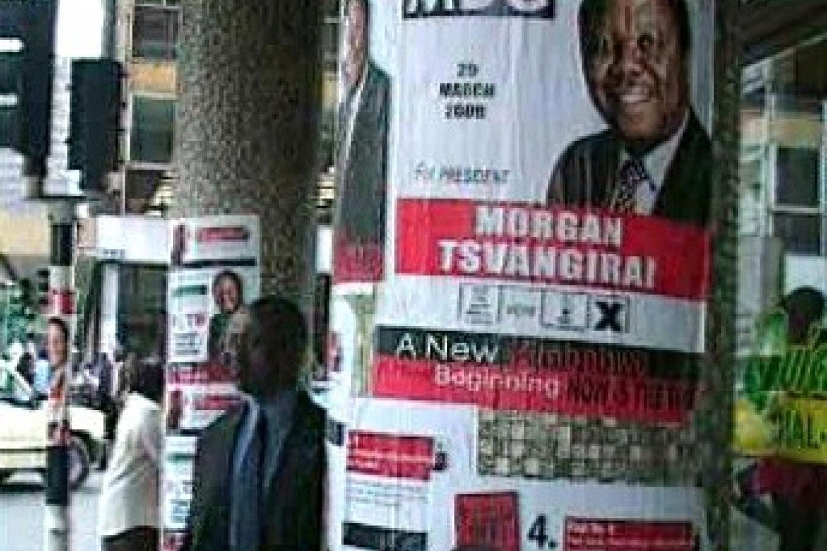 Volební plakát v Zimbabwe