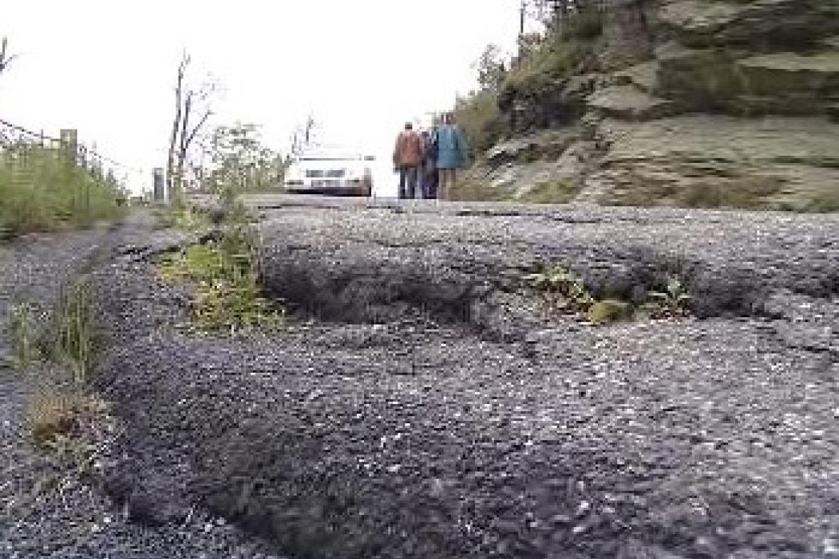Silnice na Ještěd