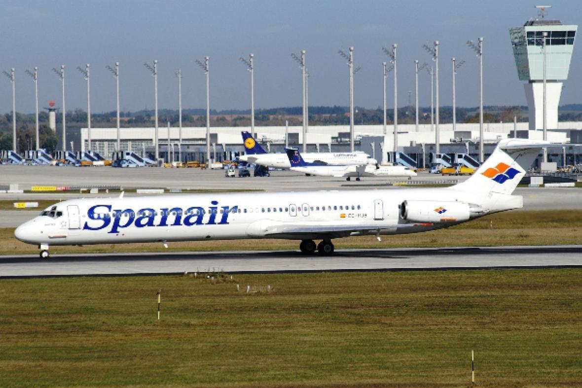 Spanair MD-82