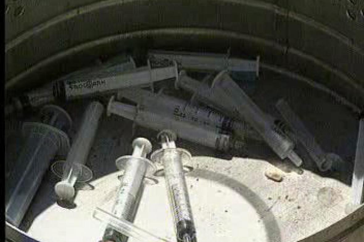 Injekční stříkačky používané při kontrole HIV