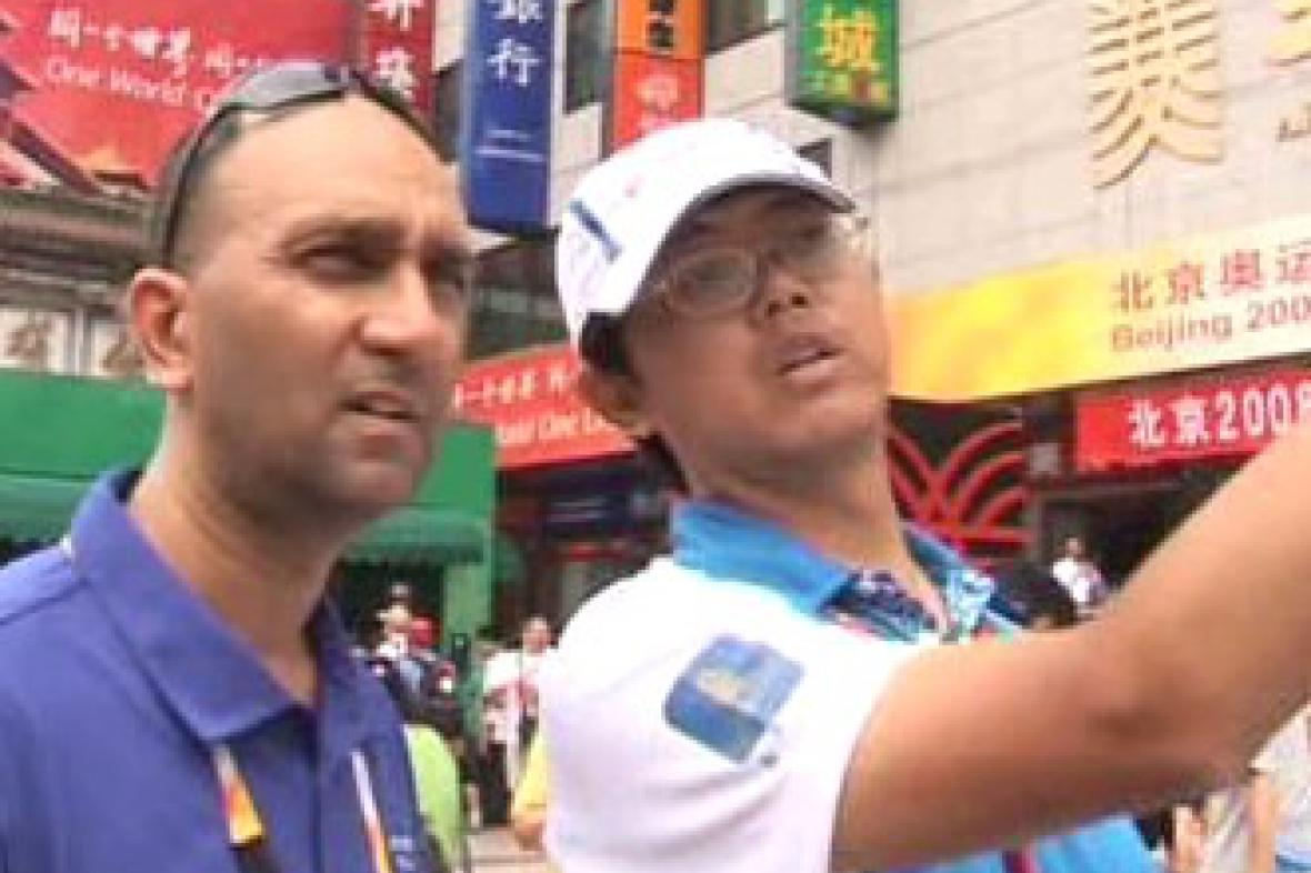 Turisté si pomoc olympijských dobrovolníků chválí