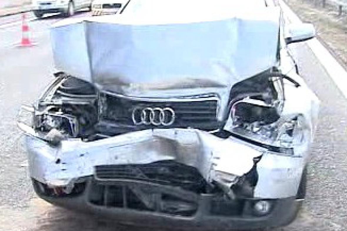 Nehoda vozu audi