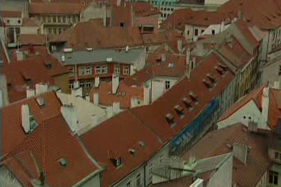 Střechy domů na Starém Městě v Praze