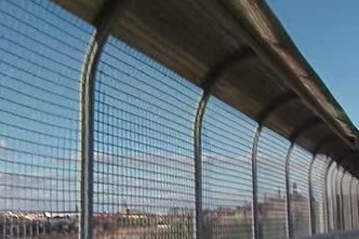 Zábrana na Nuselském mostě