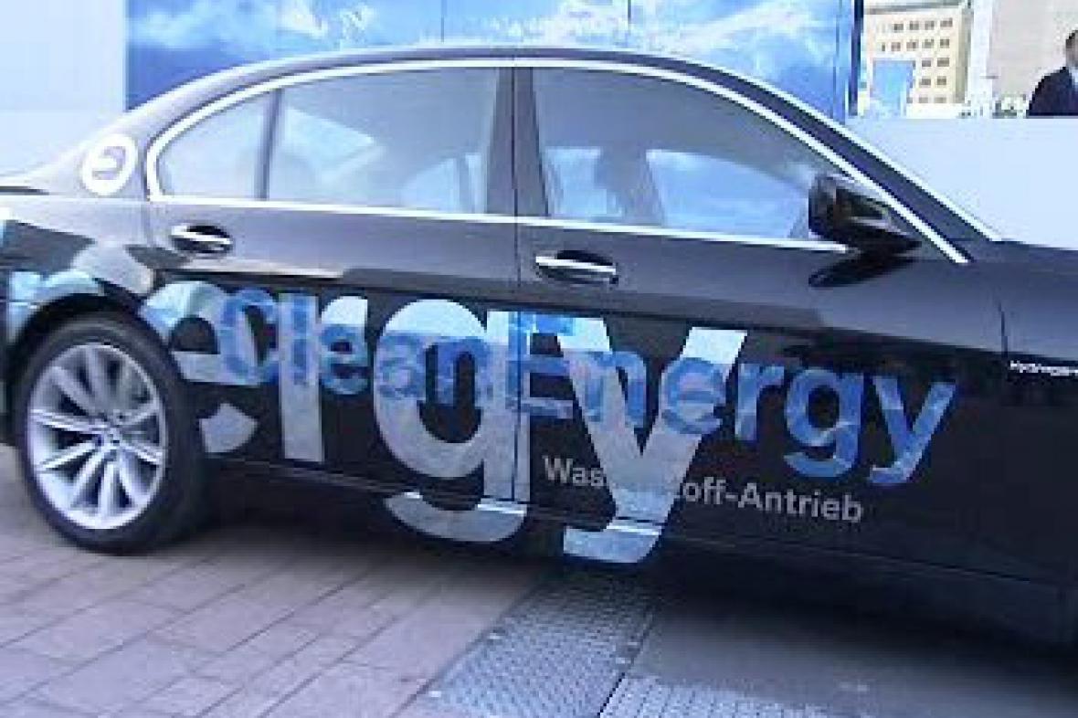 BMW s alternativním motorem