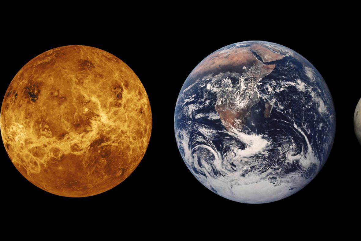 Porovnání Země a Marsu