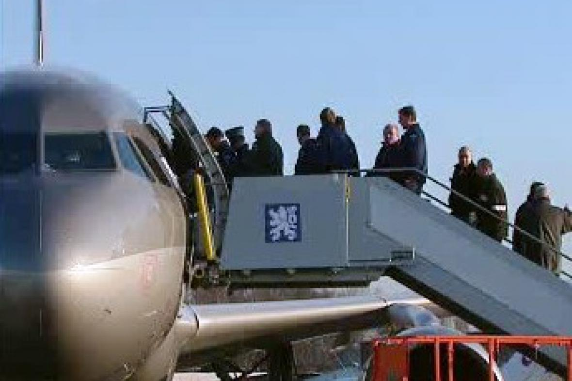 Odlet českého armádního letounu