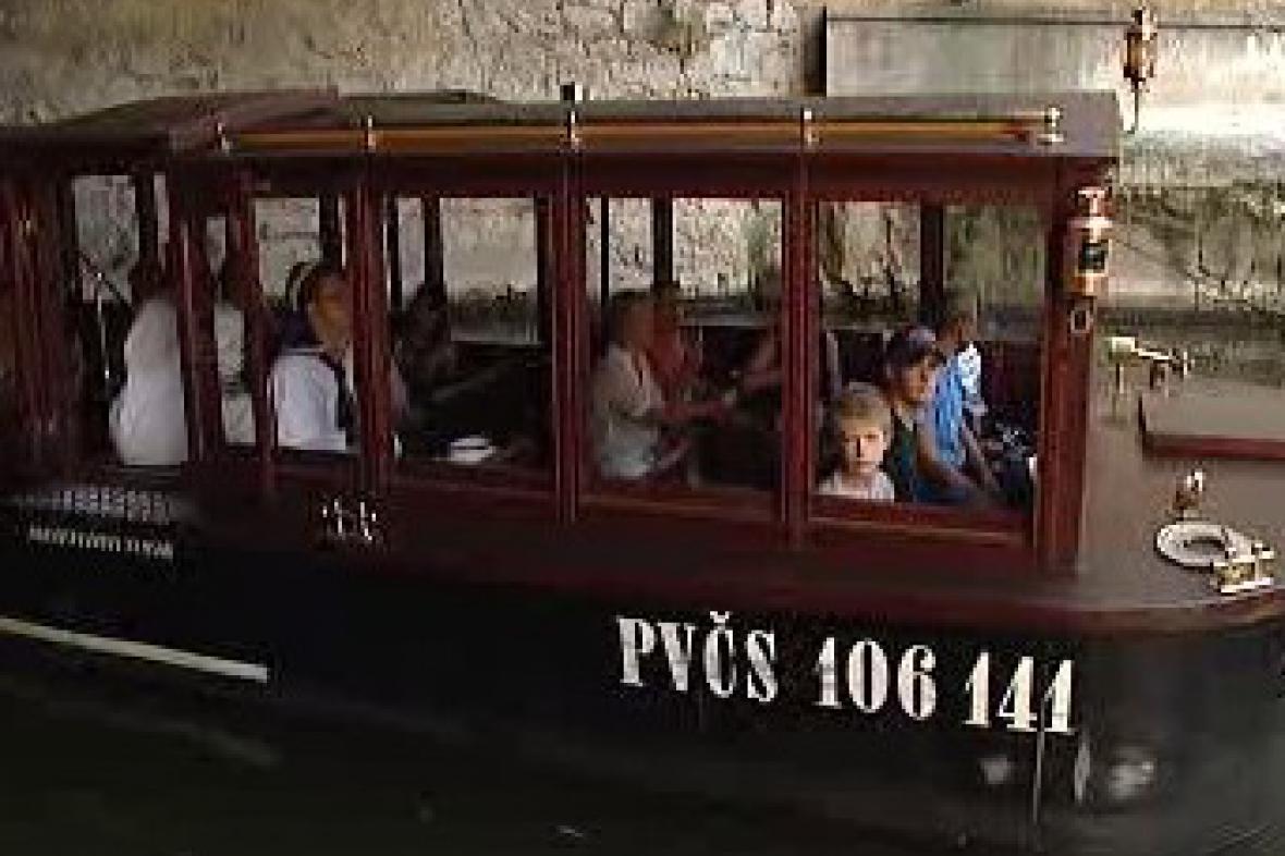 Doprava cestujících po Vltavě