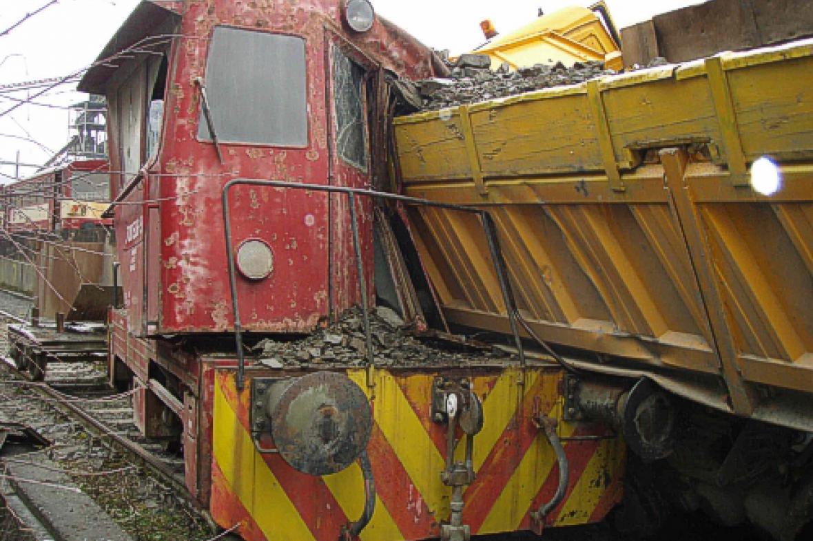 Srážka vlaku s nákladním autem