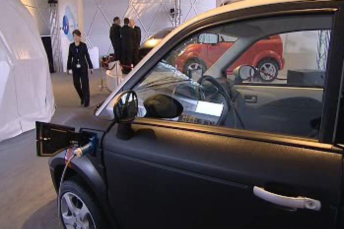 Elektromobil Think