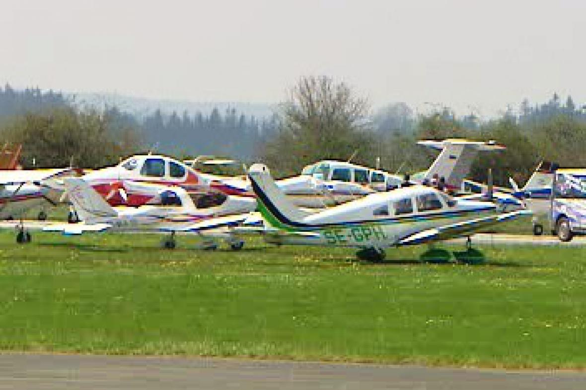 Lehká sportovní letadla