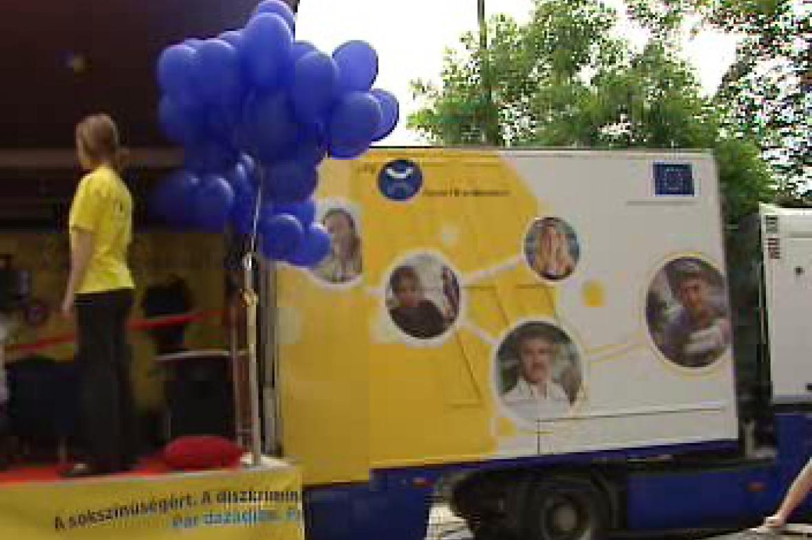 Antidiskriminační kamion v Praze