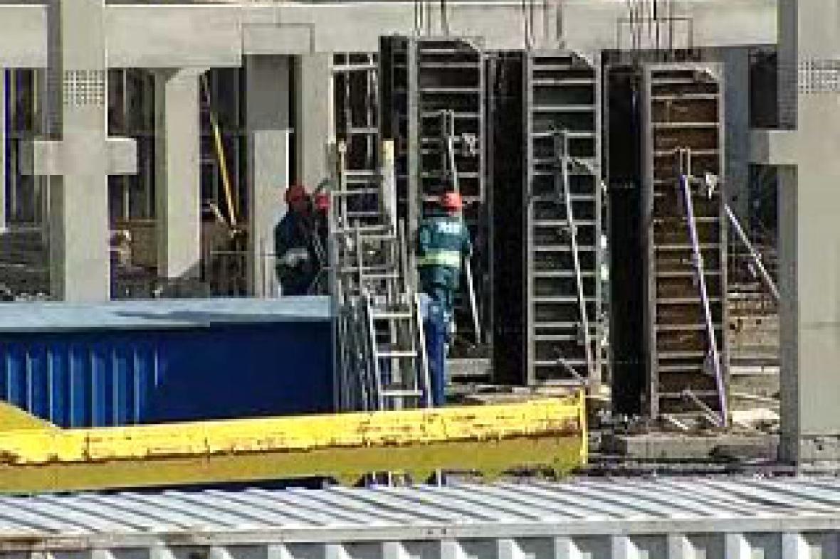 Staveniště multifunkční haly v Karlových Varech