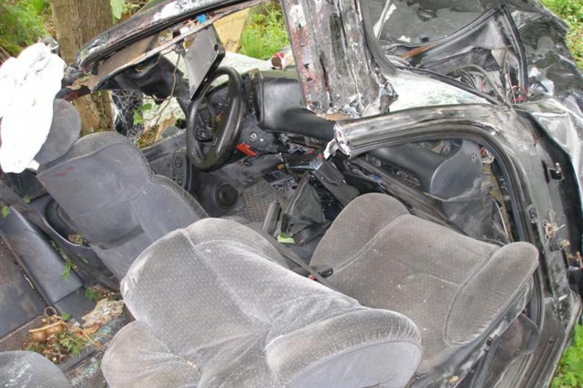 Vrak havarovaného vozu