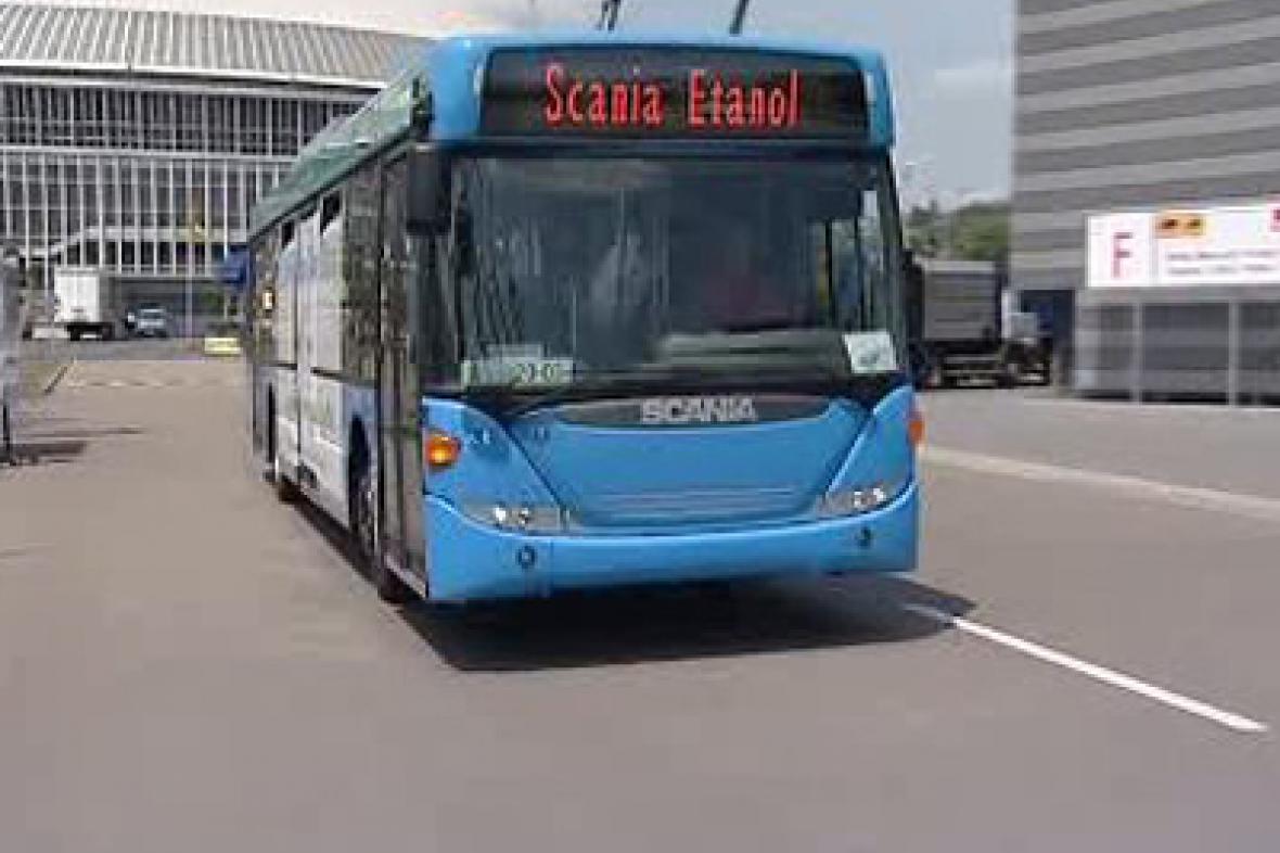Autobus na etanol