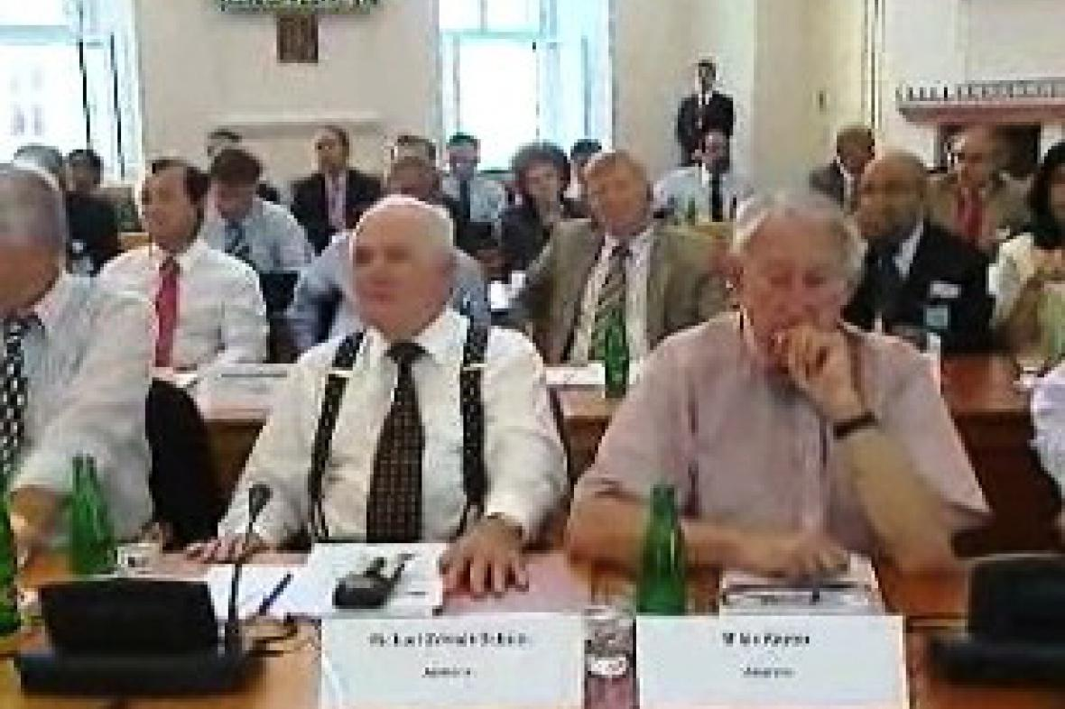 První setkání konzulů se uskutečnilo v Praze.