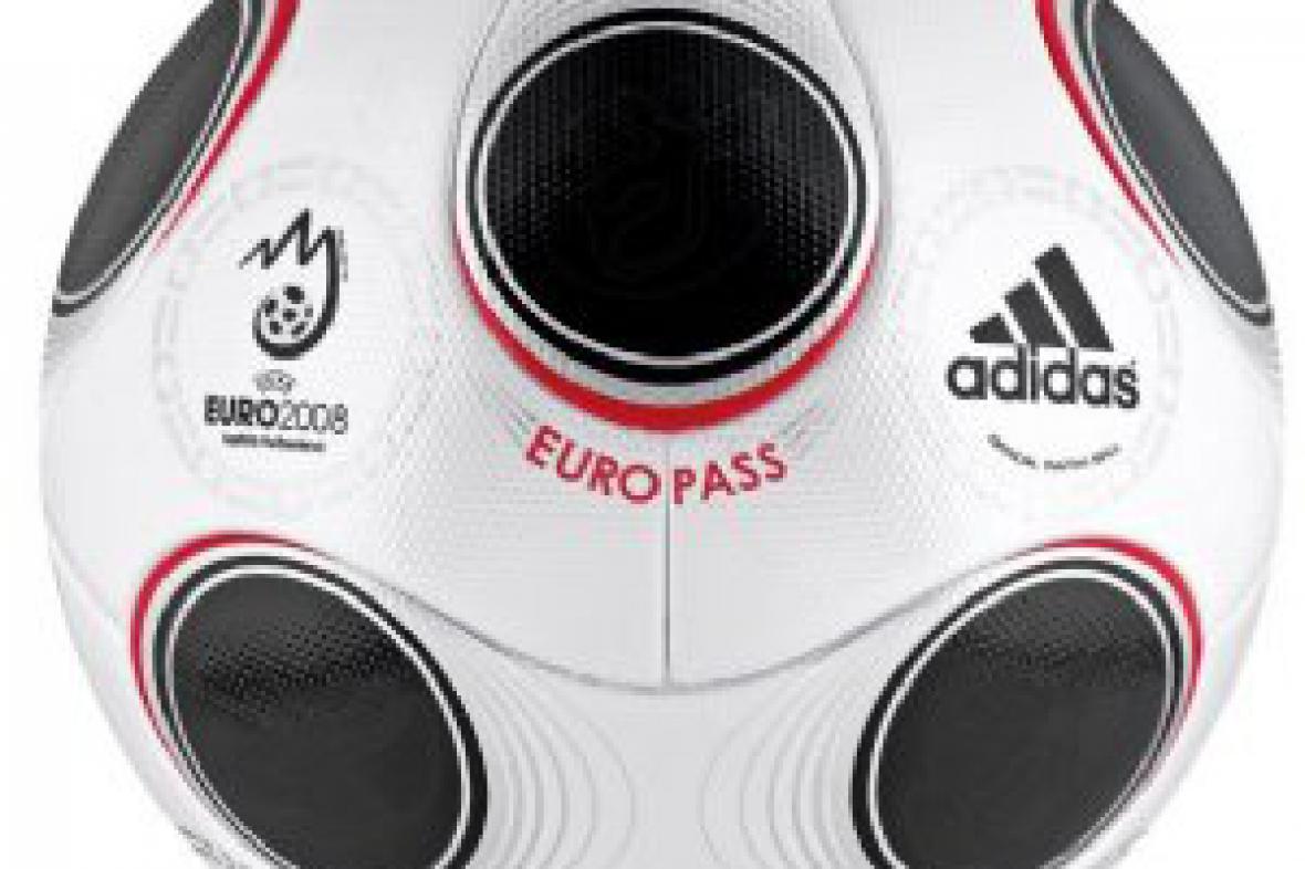 Oficiální míč Euro 2008