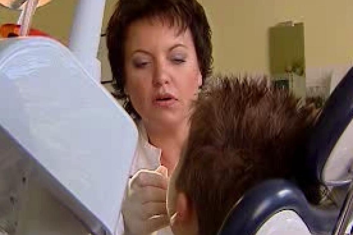 Zubařka a pacient