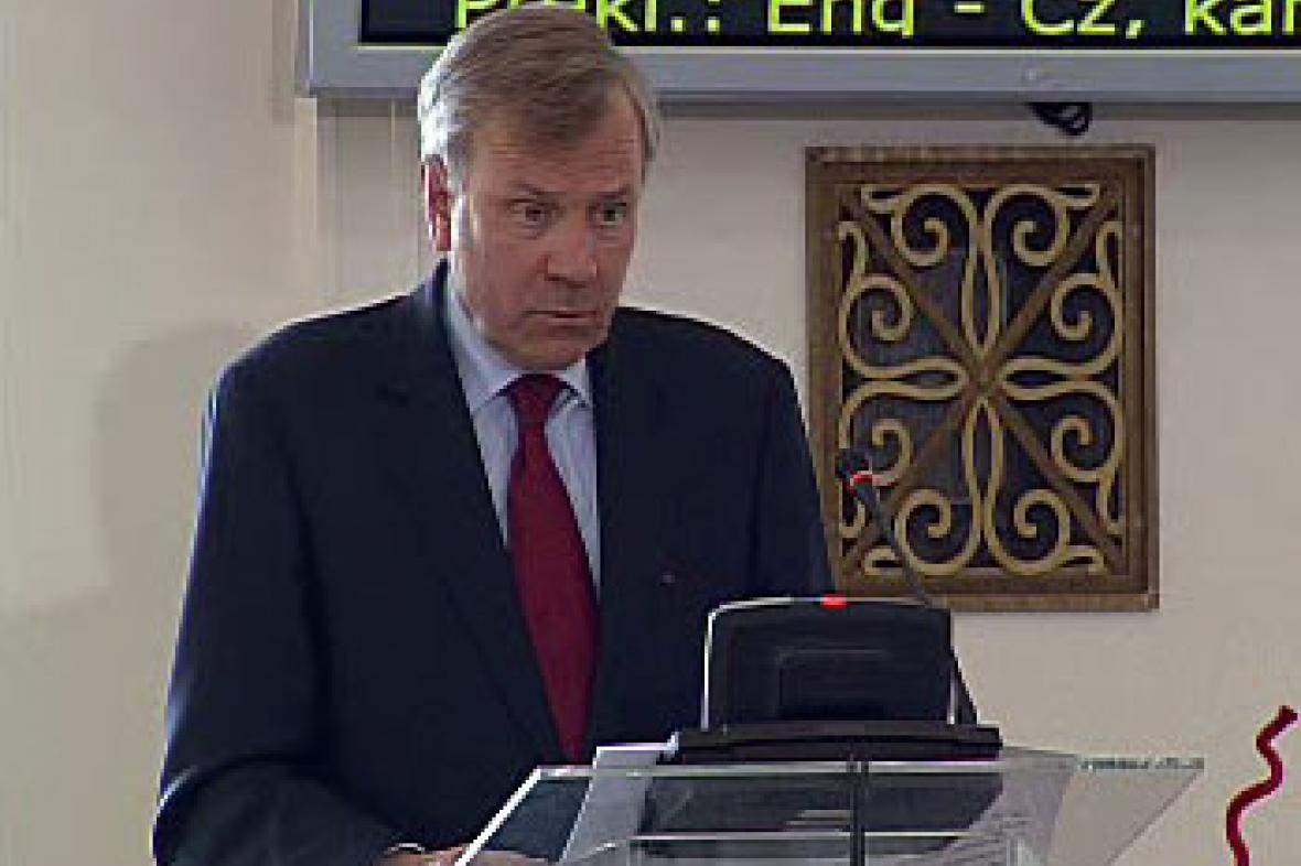 Generální tajemník NATO Jaap de Hoop Scheffer