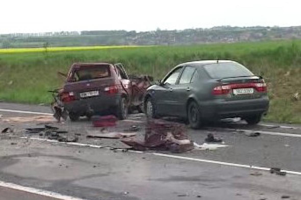 Smrtelná nehoda na silnici R7