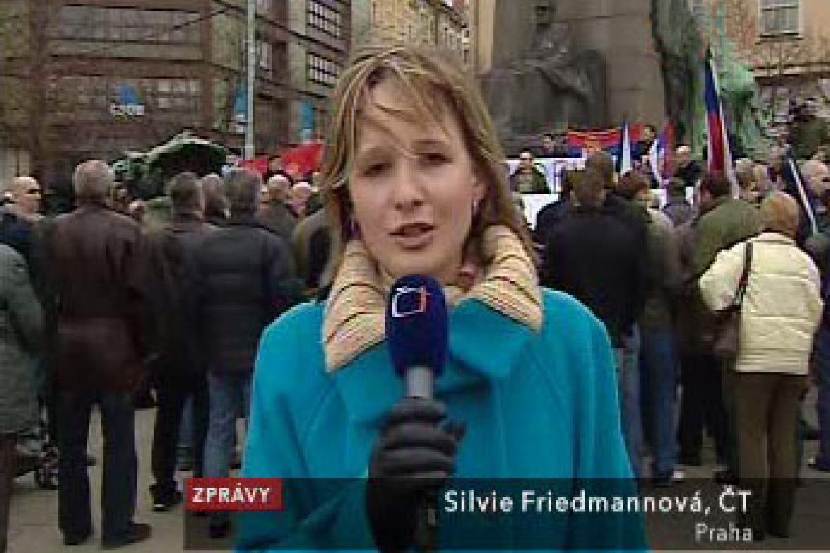 Demonstrace na Palackého náměstí