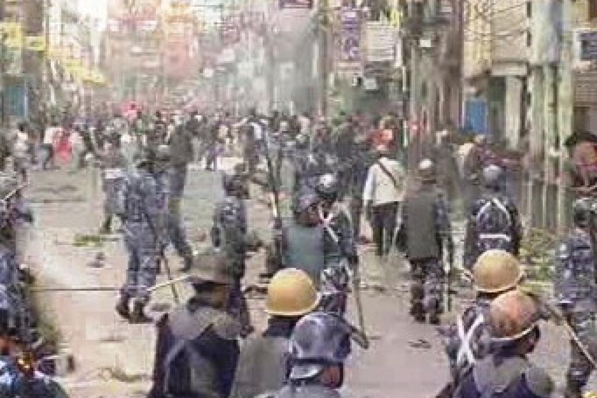 Nepálská policie zasahuje proti demonstrantům
