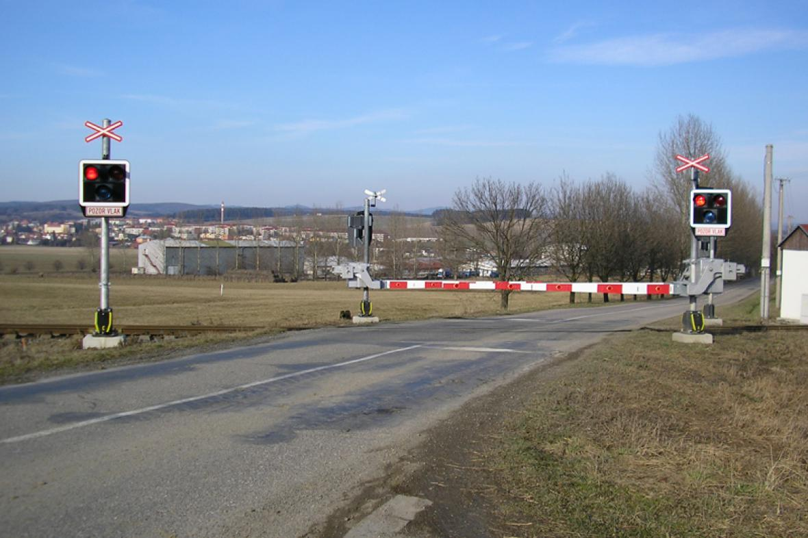 Chráněný železniční přejezd