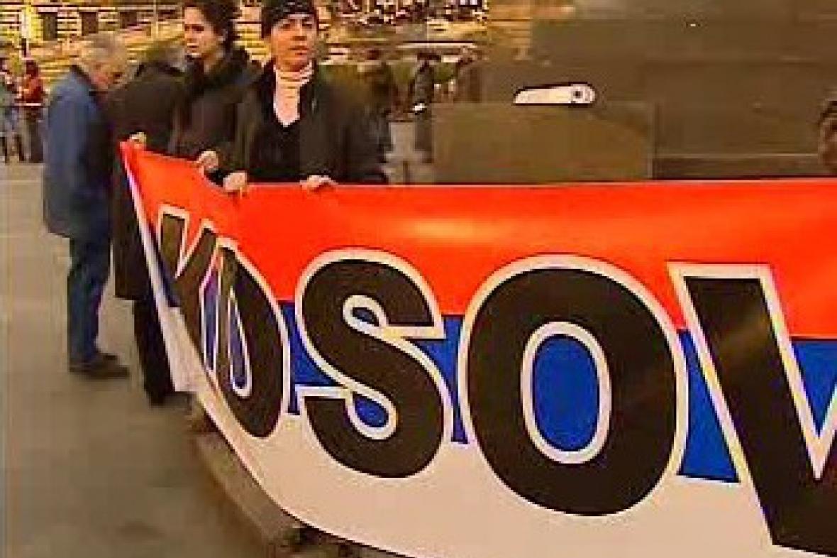 Protesty proti uznání samostatného Kosova