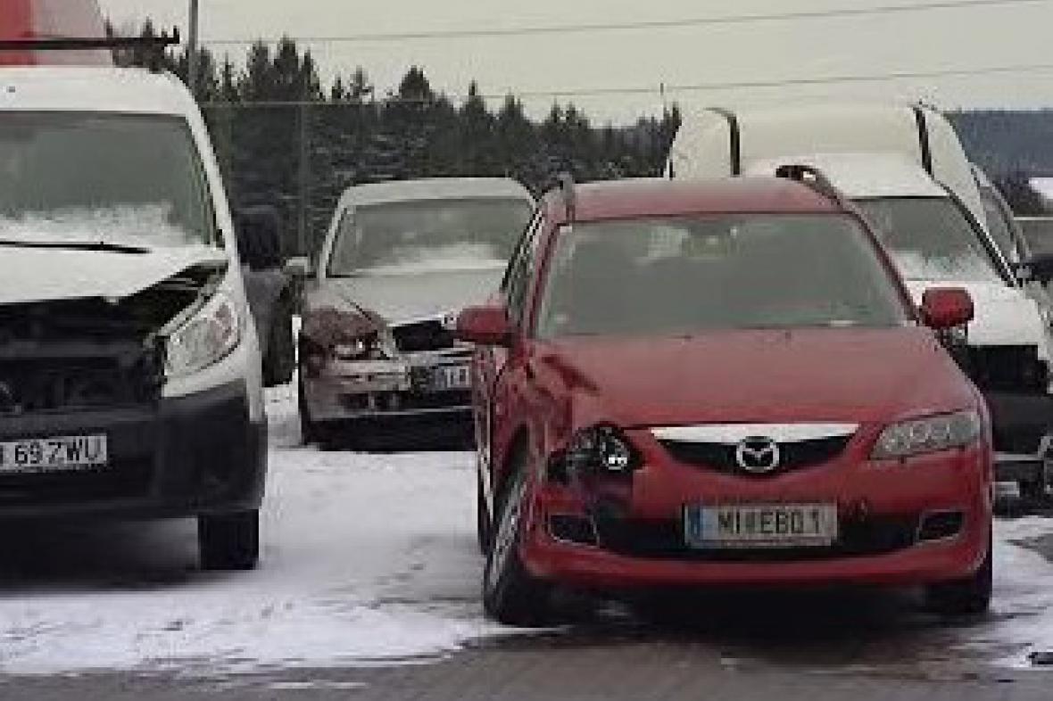 Vraky po nehodě na D1