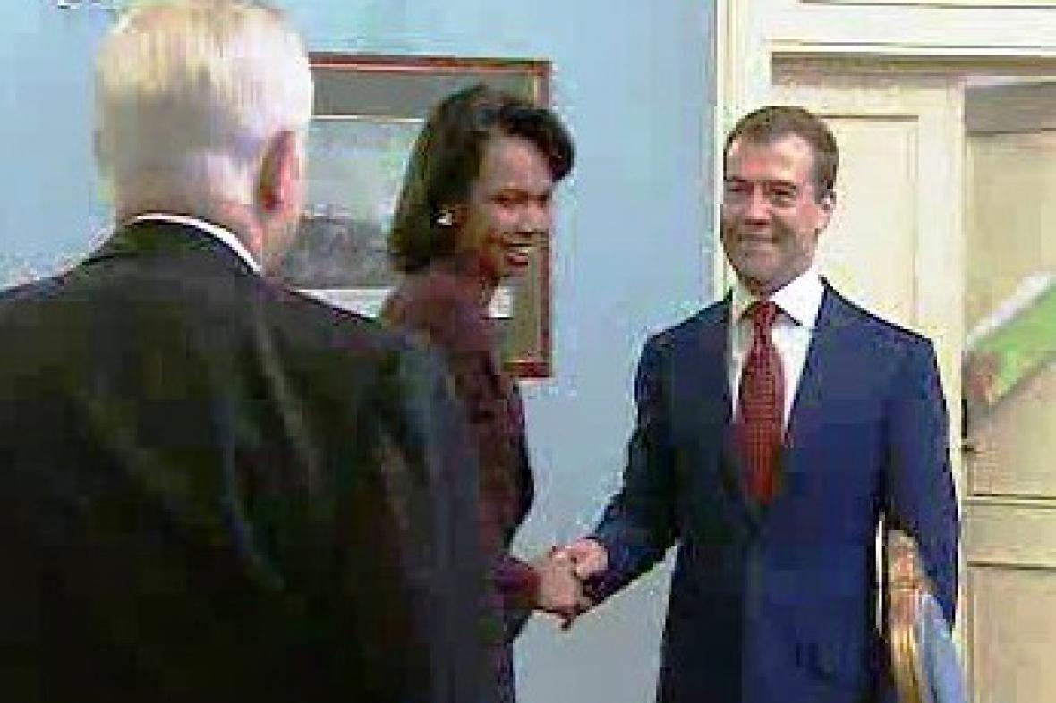 Condoleezza Riceová a Dmitrij Medveděv