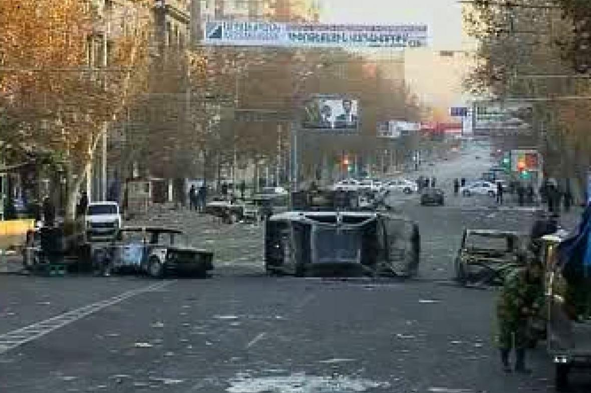 Následky nepokojů v Jerevanu