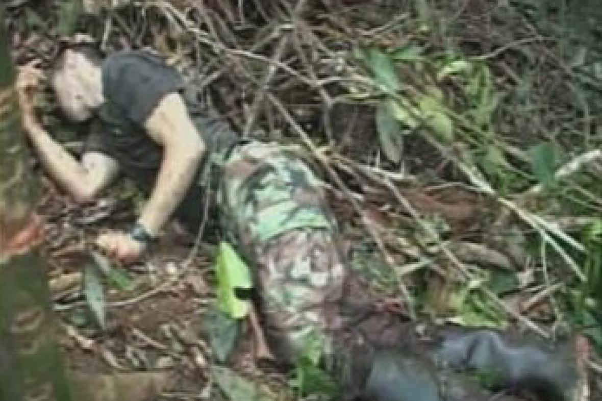 Zabitý kolumbijský povstalec