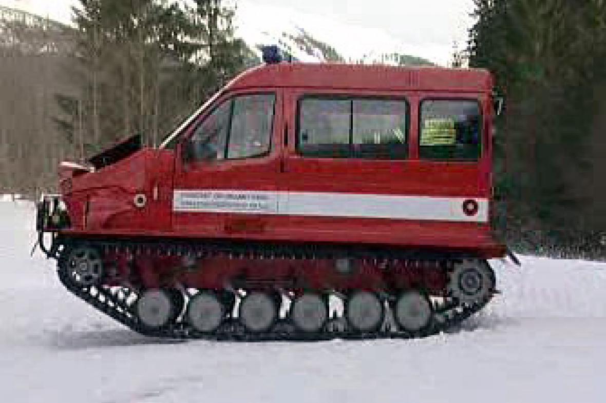 Pásový hasičský vůz