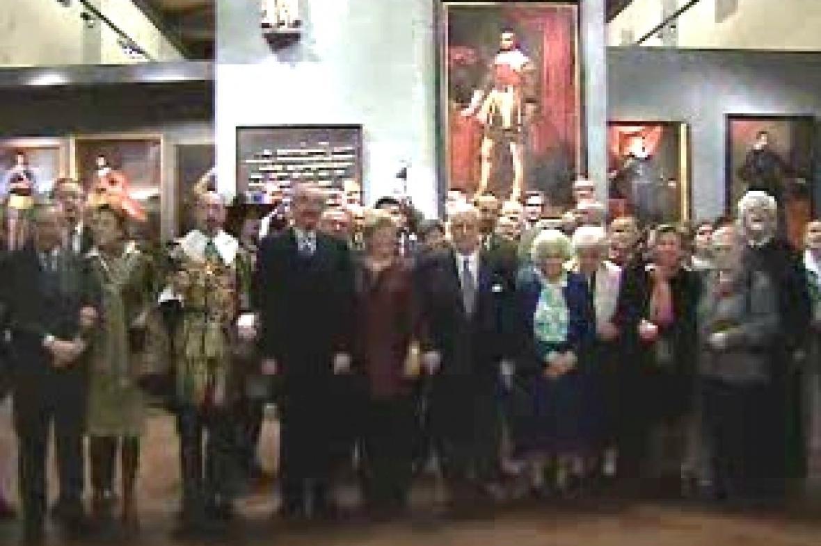 40 potomků rodu Valdštejnů na výstavě o jejich předkovi