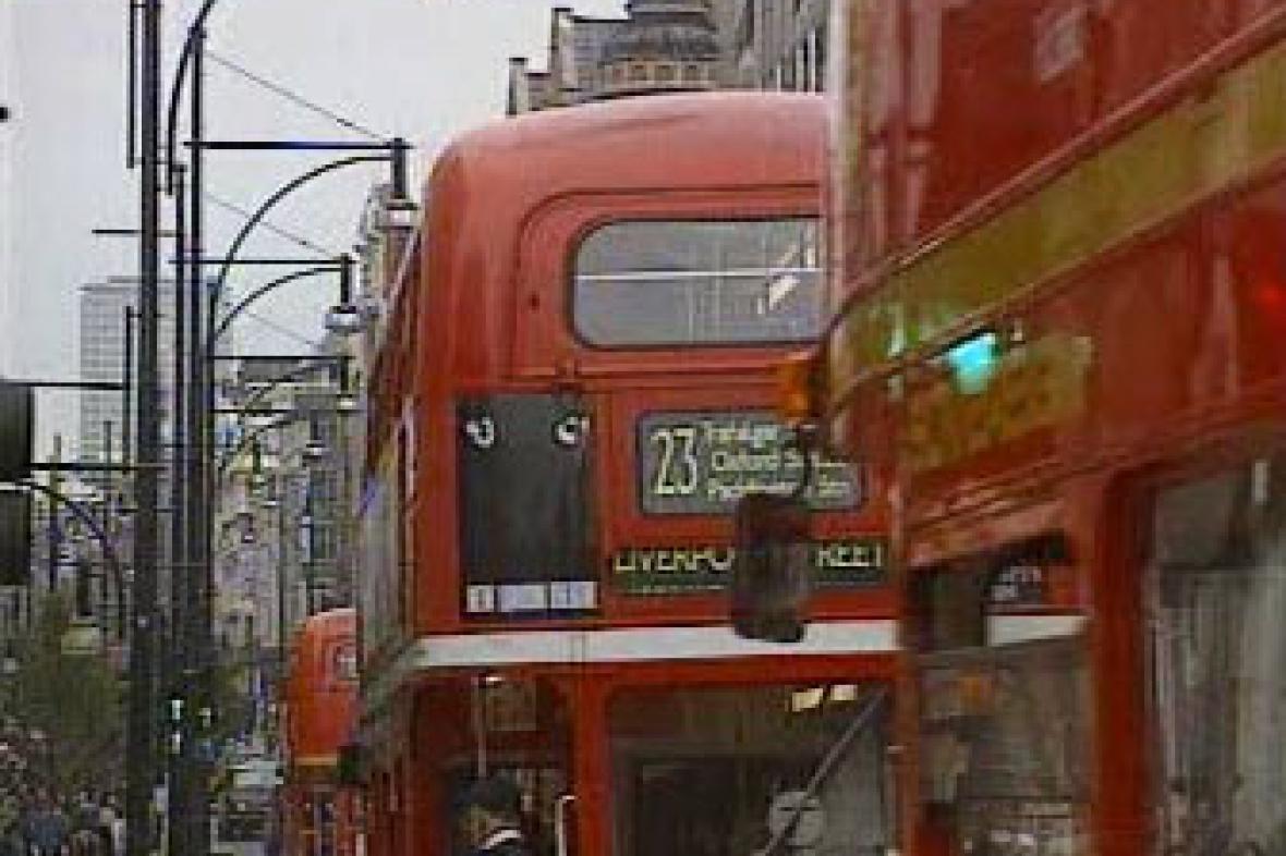 Londýnské autobusy