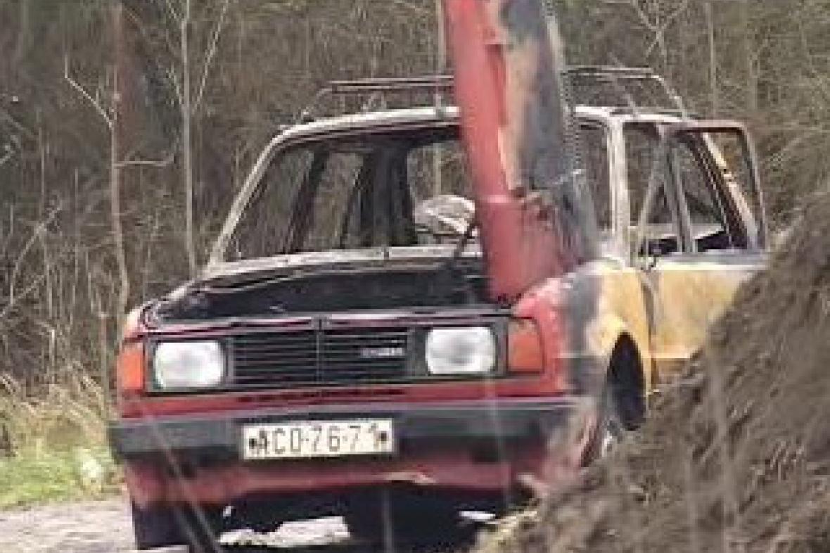 Auto po požáru