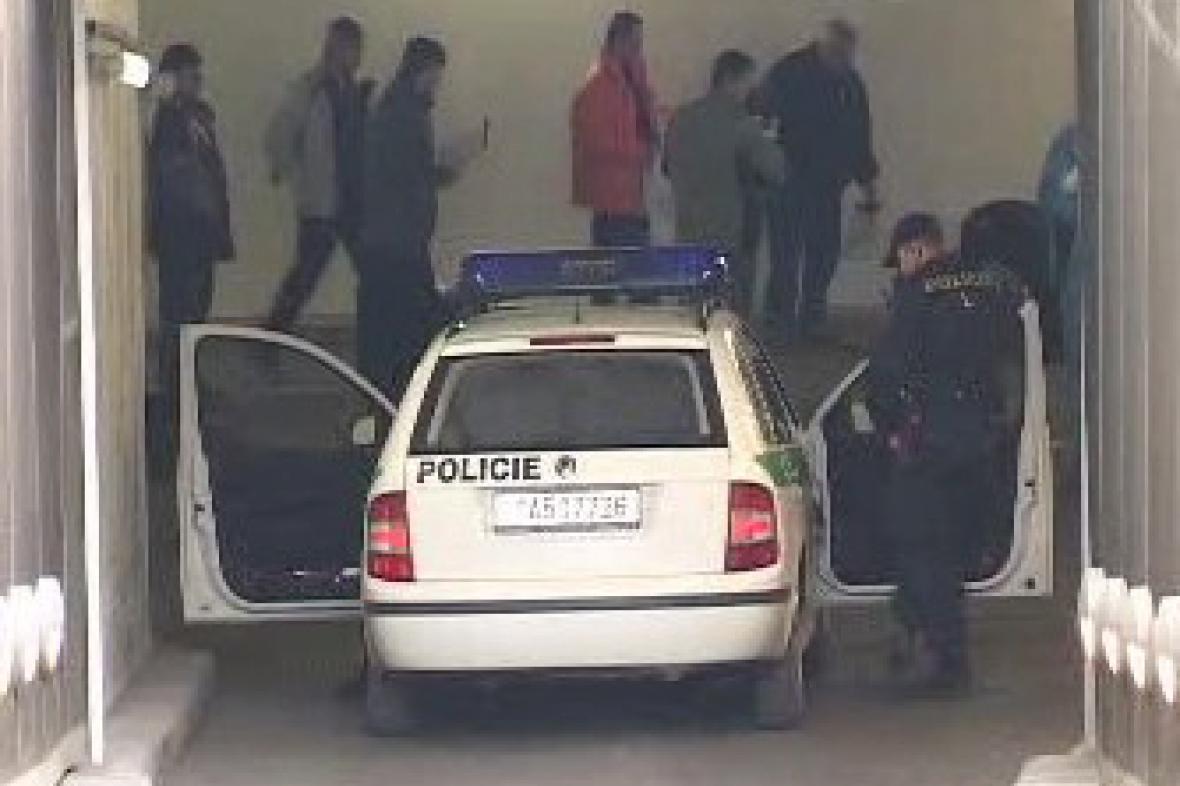 Střelba v garážích Palladia