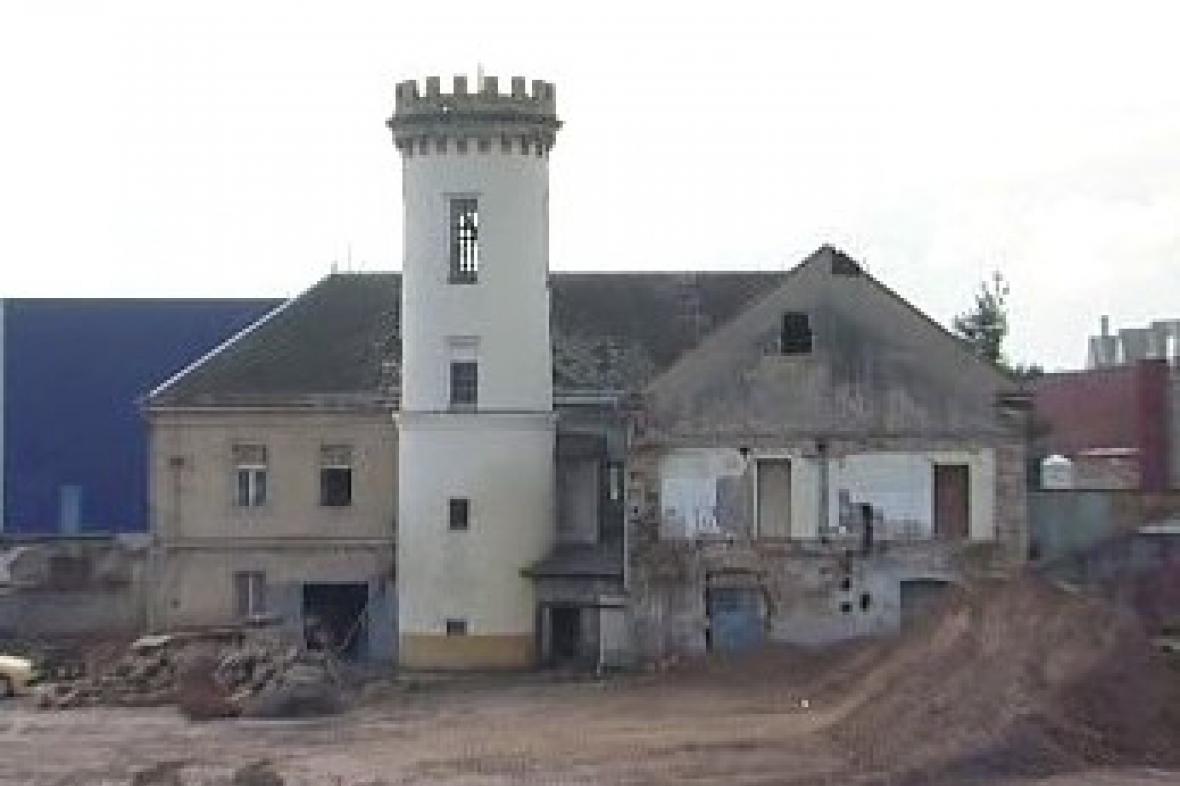 Zbouraný barokní dvůr v Děčíně