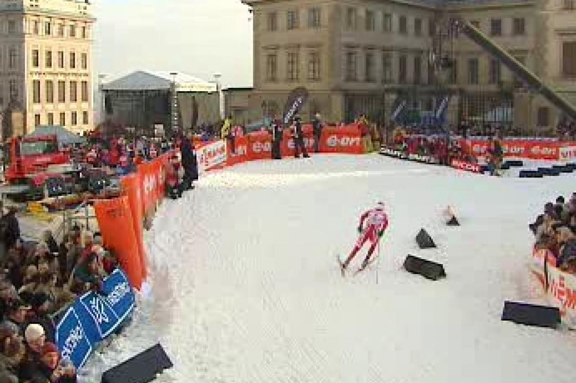 Pražská lyže na Hradčanském náměstí