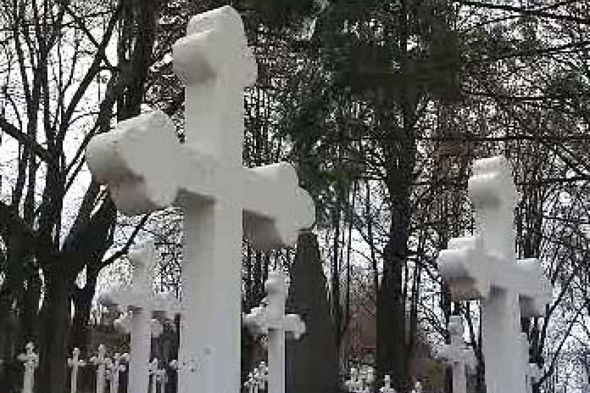 Válečný hřbitov