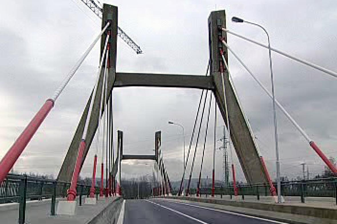 Nový most v Karlových Varech