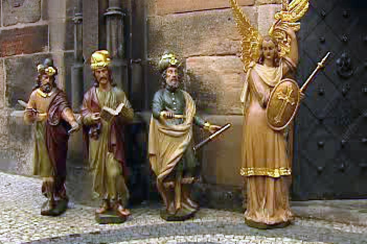 Sochy staroměstského orloje