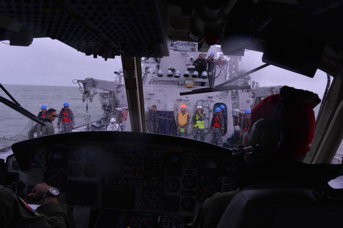Pátrání po obětech indonéské letecké katastrofy